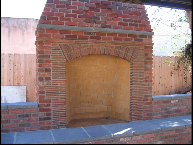 Superbe Elegant Old World Rumford Style Outdoor Fireplace   Brick